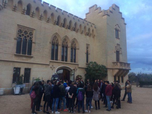 Recepción a los participantes de la IXª Olimpiada en Ayuntamiento de Vila-Seca (Tarragona)